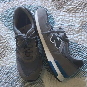Men's size 13 New Balance athletic shoes